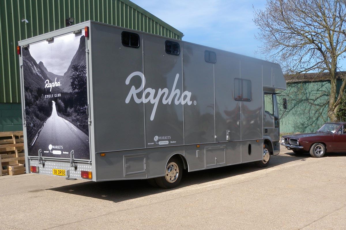 Studio Oscar - RAPHA MOBILE CC