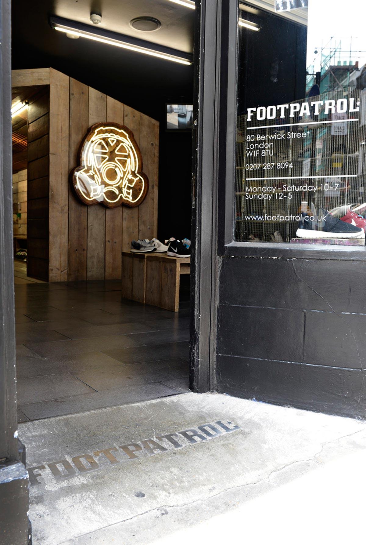 Studio Oscar - FOOT PATROL